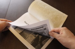 ちゃんと面付けで印刷できたかどうか、テスト印刷した紙を折ってチェック。