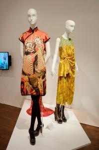 日本でも良く知られているデザイナーの一人、ヴィヴィアン・タムの作品。
