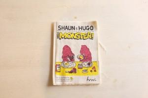 布に直接プリントした作品「SHAWN&HUGO THE MONSTER」(和田悠加)