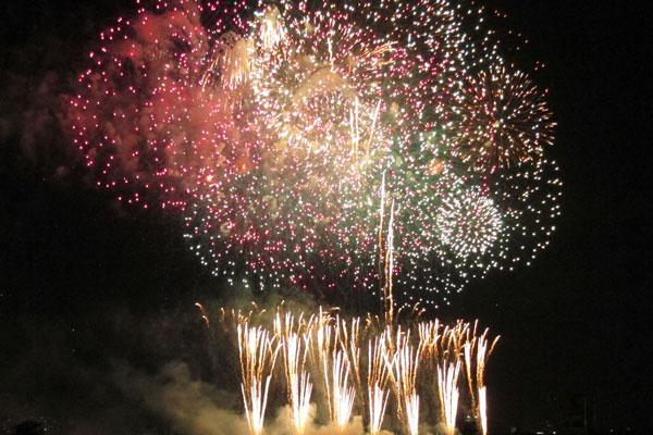 fireworks_image_012s