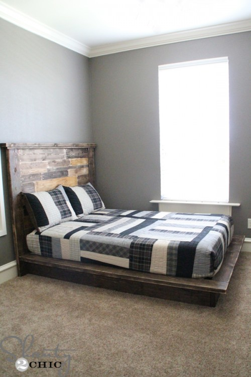 Easy-DIY-Platform-Bed-500x750